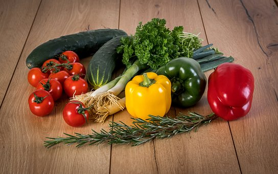 warzywa do wyrobu soku w wyciskarce Muke